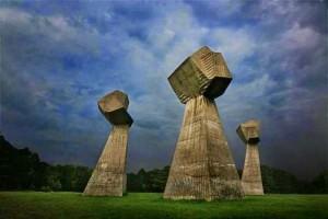 monument-nis